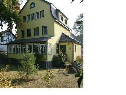 Große Villa mit 12 Zimmern für große Familie oder Wohngemeinschaft, 5 Minuten vom Bahnhof Strausberg