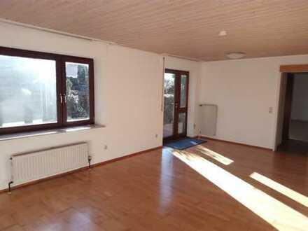 2-Z.-Wohnung mit großer Terrasse in Altenriet