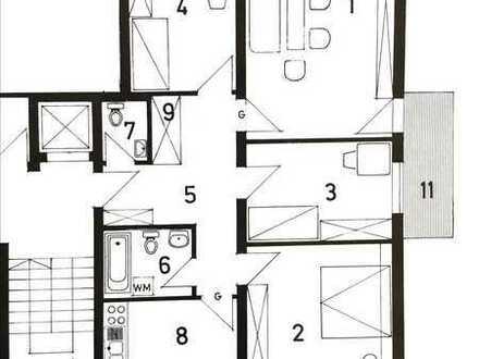Sanierte Wohnung mit vier Zimmern, Loggia und Balkon in Erlangen