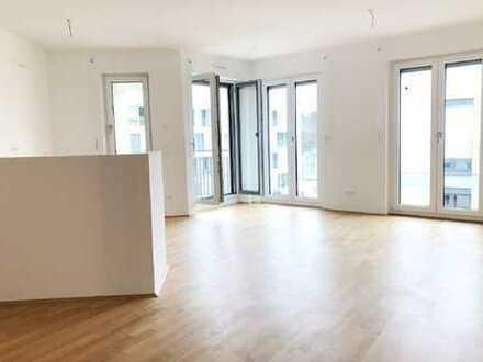 ERSTBEZUG! Lichterfüllte 4-Zimmer-Wohnung mit sonniger Logia in Neuaubing