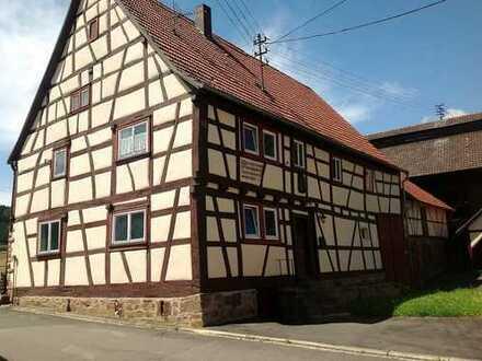 Historisches Fachwerkhaus mit Scheune, Tabakscheune und Nebengebäude zum Schnäppchenpreis