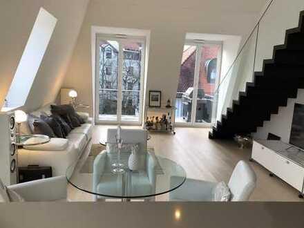 Exklusive, lichtdurchflutete 3 Zimmer Maisonette Wohnung am Nymphenburger Schloss