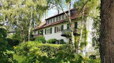 schönes Mehrfamilienhaus mit großem Garten, zwei Wohnungen frei!