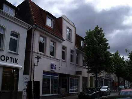 Geschäfts- und Wohnhaus in der Innenstadt