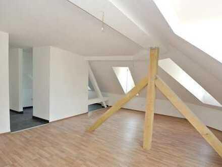 Etwas Besonderes! Hochwertig kernsanierte Wohnung in historischem Gebäude.