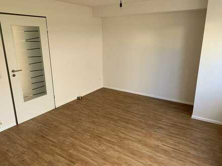 Erstbezug nach Sanierung: stilvolle 1,5-Zimmer-Wohnung mit Einbauküche in Emmendingen (Kreis)