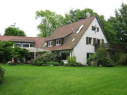 Großzügige Villa mit Büroanbau und ungewöhnlich großem Grundstück in Dortmund Buchholz