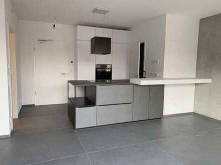 Erstbezug PrenzlBerg - Luxus Loft mit Küche, Balkon, Klimaanlage, Regendusche, Südausrichtung