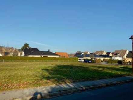 2 sonnige Bauplätze für 2 freistehende Traumhäuser