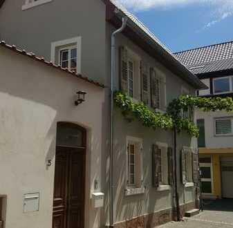 Wohnen im historischen Anwesen, 2ZKB barrierefrei