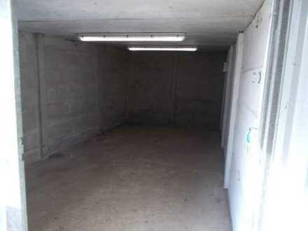 Garage und Wohnmobilstellplätze zu vermieten