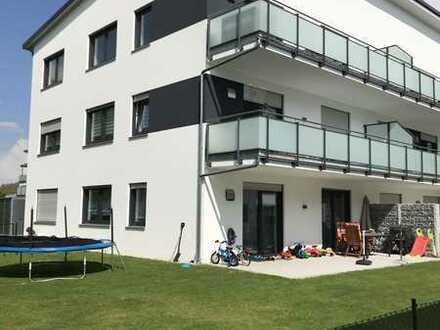Moderne, großzügige 3 Zimmer-WHG mit Balkon / Aufzug