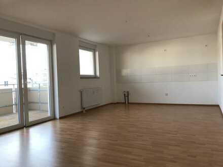 "KL - City, 3 ZKB, ""Aufzug"" Balkon, Stellplatz, Gäste WC"
