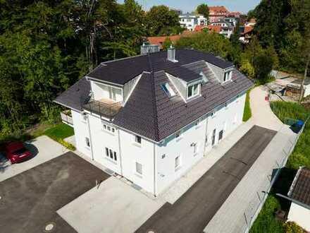 Exklusive 4-Zimmer-Penthouse-Wohnung mit 2 Balkonen in Traunstein