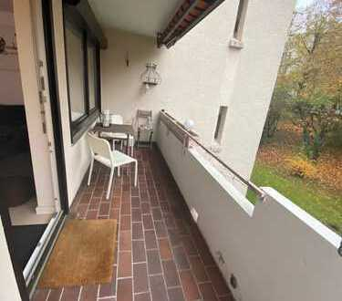 Stilvolle 3,5-Zimmer-Wohnung mit Balkon und EBK in Esslingen