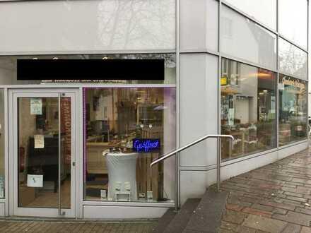 Ladeneinheit (EG) in belebter Fußgängerzone zu vermieten