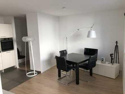 Erstbezug: schöne 2-Zimmer-Wohnung mit Einbauküche und Balkon in Frankfurt am Main
