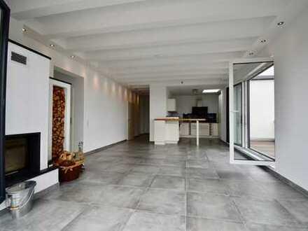 Neubau-Penthouse-Wohnung mit Terrasse und Blick bis Köln in Bornheim / Bezug sofort möglich
