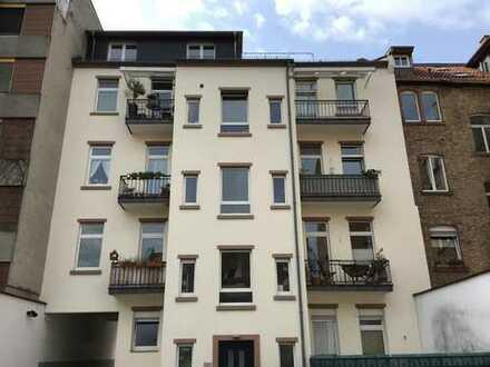 Schöne, geräumige dreieinhalb Zimmer Wohnung in Heidelberg, Neuenheim