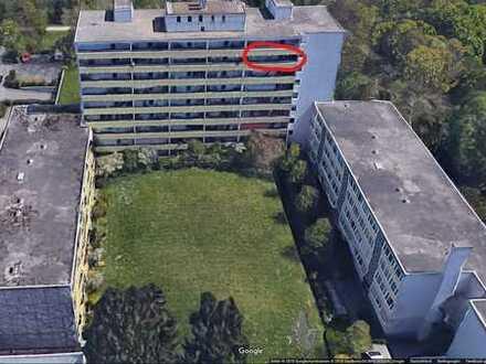 Exklusive, modernisierte 4-Zimmer-Wohnung mit Balkon und Einbauküche in München-Perlach