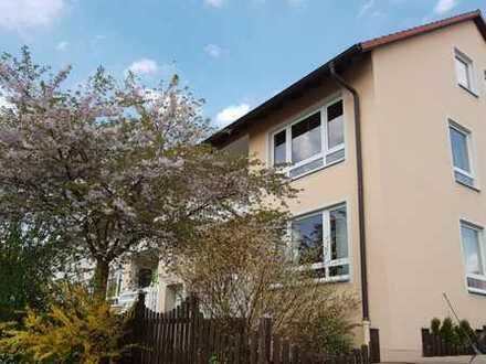 Zentrumsnahe 3 Zimmer Wohnung mit Balkon im gepflegten Privathaus