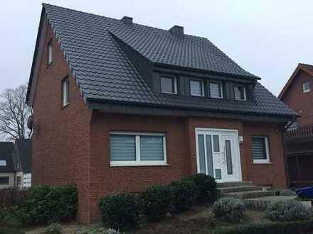 Wohnhaus für 1-2 Familien in ruhiger Lage