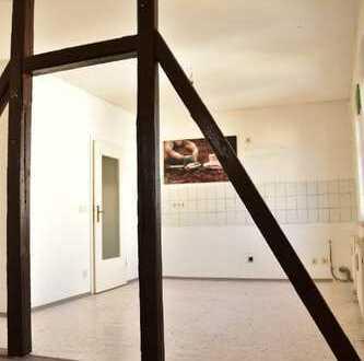 Solide Singlewohnung im Dachgeschoss
