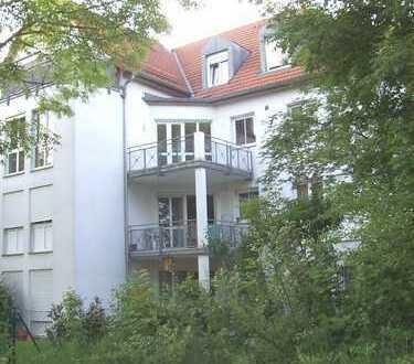 Außergewöhnlich schöne 2-Zimmer-Wohnung mit Balkon und EBK in Obersendling, München