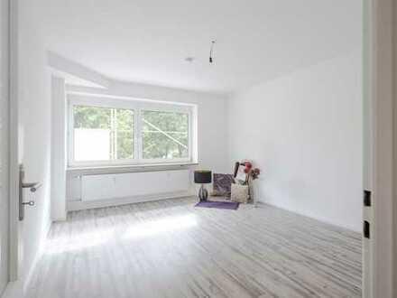 Neu renovierte 3-Zimmer-Whg in begehrter Lage am Melanchtonplatz in Nürnberg.