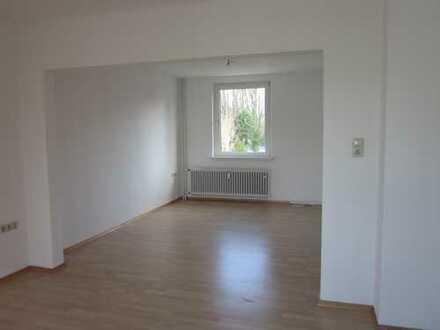 Ansprechende, vollständig renovierte 3-Zimmer-Wohnung in Bielefeld.