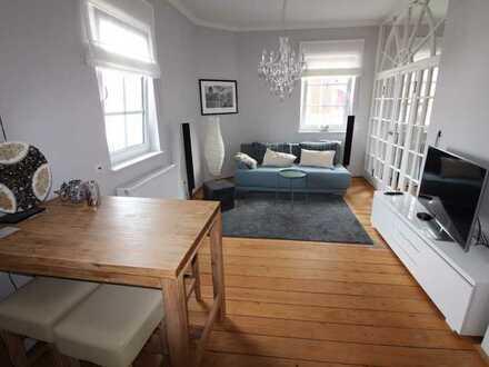 Kurzfristig möglich! Hochwertige, komplett möblierte 2-Zimmer-Wohnung mit EBK in Schwetzingen