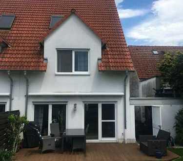 Den Traum vom eigenen Reich realisieren - Charmante Doppelhaushälfte mit Garage