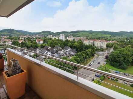 Kapitalanlage mit Bergblick: Vermietete 5,5-Zimmer-Wohnung mit 2 Balkonen in zentrumsnaher Lage