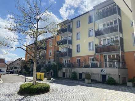Wohnen mit Service am Pantlbräu: Sehr zentrale und ruhig gelegene Terrassenwohnung mit EBK