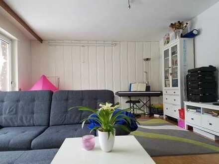 Helles Haus in ruhiger Ortsrandlage - ideal für Familien