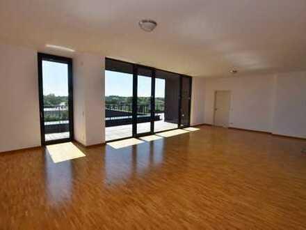 Luxuriöses Wohndomizil mit begrünter Dachterrasse und erstklassiger Ausstattung!