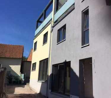 Wohnung mit schönem Wohn- und Essbereich