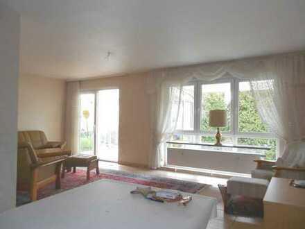 Traumhafte Wohnung mit Wintergarten in bester Lage in Seckenheim!!!