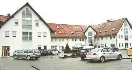 ***neu renovierte 3-Zi-Wohnung in zentraler Lage***