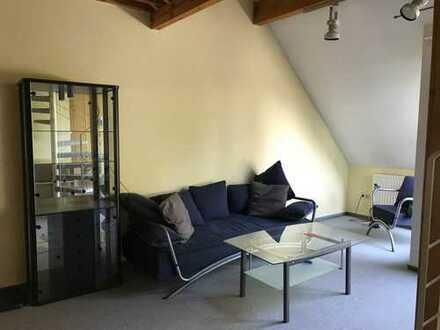 Maisonette 2-Zimmer Wohnung mit Balkon und EBK in Aachen für junge Berufstätige