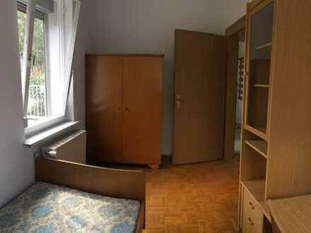 1 Zimmer, möbliert in Studenten WG