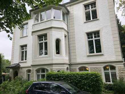 Modernisierte 5-Zimmer-Wohnung mit Balkon in Lünen