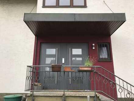 1.150 €, 156 m², 5 Zimmer