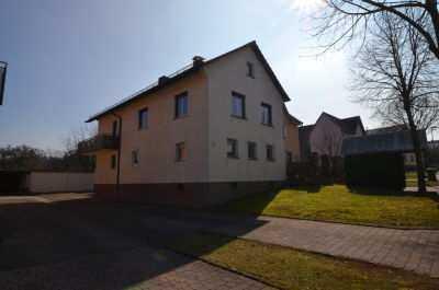 Gemütliches und schönes Haus mit sechs Zimmern und großem Garten in Karlsruhe (Kreis), Karlsbad