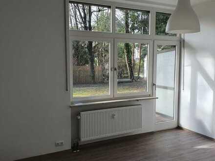 TOP! NEU saniertes Apartment mit TG, München Sendling-Westpark, Bestens z.B. für Studenten geeignet!