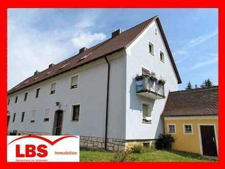 """""""EIN NEST UNTERM DACH""""! - Gemütliche attraktive DG-Wohnung mit Garage in Sulzbach-Rosenberg"""