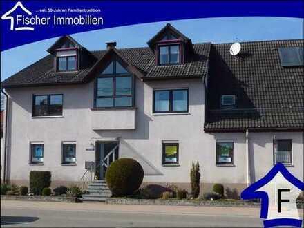 Röhlingen, großes Haus mit Scheune und viel Platz ums Haus ideal für Gewerbetreibende, Hofladen usw.
