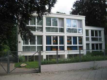 Moderne 2-Zimmer-Wohnung in Lichterfelde (Steglitz), Berlin