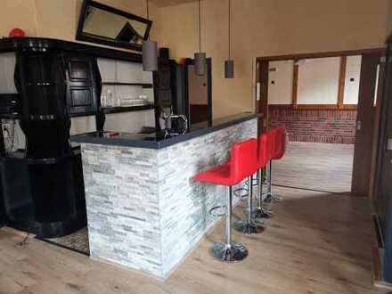 Ladenlokal (ehemals Restaurant/Pizzeria) * ca. 120 m² Fläche * Terrasse * Küche/Toiletten