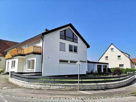 Schöne, Helle 2,5 Zimmer Wohnung mit Balkon in Neresheim